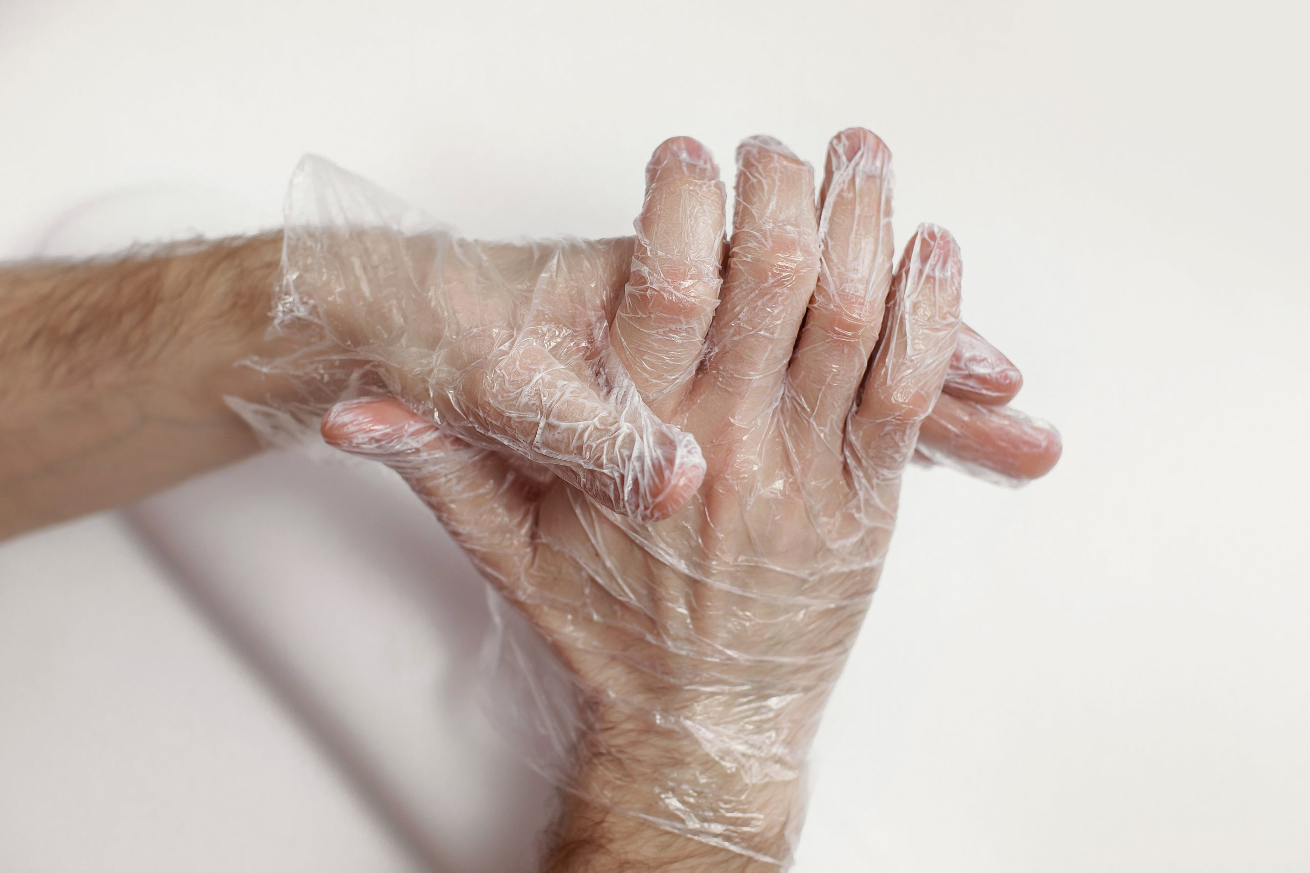 manicura masculina pamplona